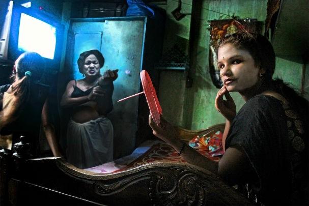 Prostituta Na India  Estudando O Baralho Cigano-2095
